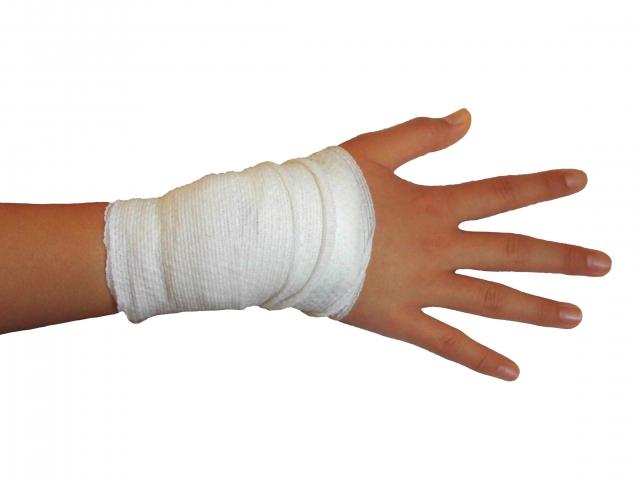 骨折手術後の痛みの程度や強さ、治癒過程でのリハビリの重要性
