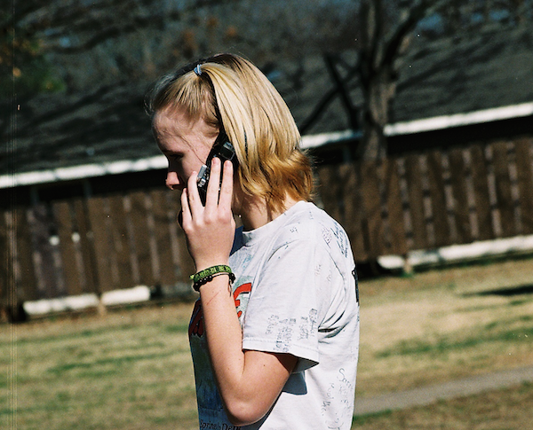 彼氏との電話で話題に困った時は…絶対盛り上がる話と注意点