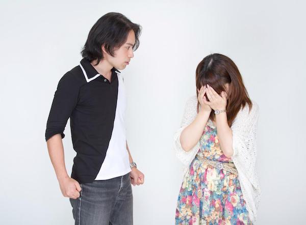 彼氏がイライラしているときに彼女に出来る対応の仕方とコツ